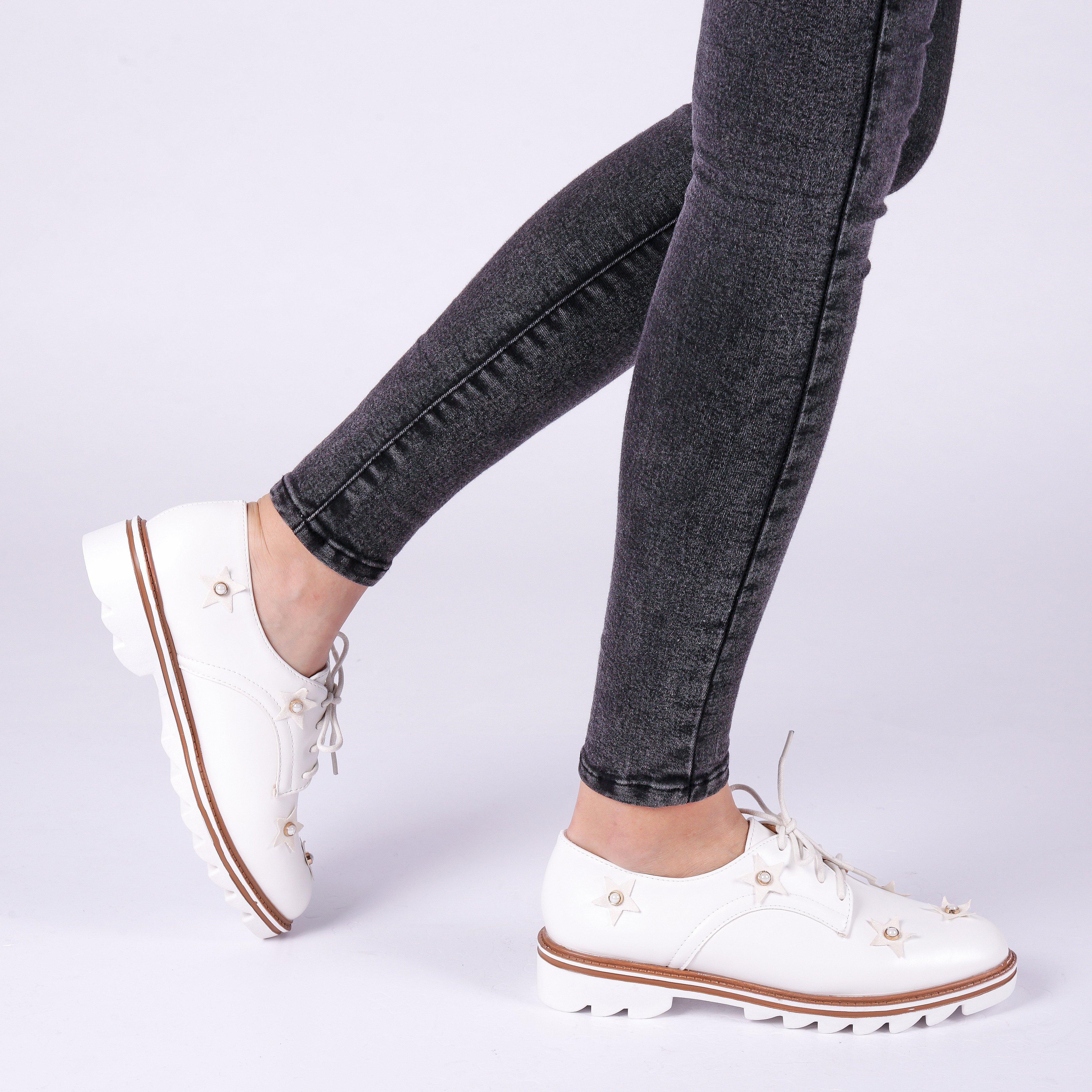 Pantofi dama Nunila albi