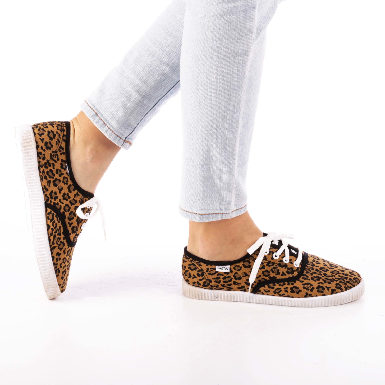 Tenisi dama Esme leopard